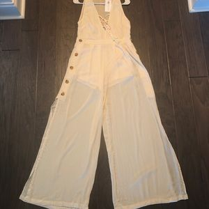 NWT Flying tomato jumpsuit.